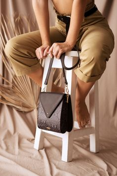 Available online at www.amana.design  Free shipping in Namibia and South Africa. Designer Leather Handbags, Inside Bag, Leather Design, Slow Fashion, Sustainable Fashion, Fashion Bags, South Africa, Leather Wallet, Fashion Forward