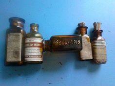 Group-of-Five-5-Vintage-Medicine-Bottles