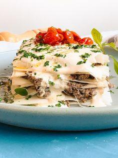Receita de lasanha de palmito com cogumelos e molho branco (Foto: Thiago Medeiros) Tofu, Cilantro, Spices, Recipe Ideas, White Cream Sauce, Cooker, Mushrooms