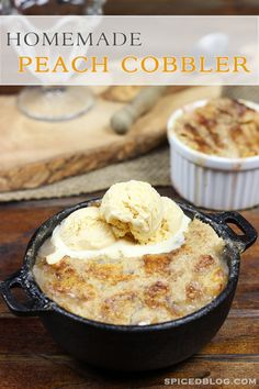 Easy Homemade Peach Cobbler #summer #peaches