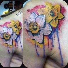 Narcissus tattoo Nergis dövmesi Watercolour tattoo Burak Dikel tattoo studio Dikel's Tattoo Studio Adana / Turkey