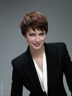 new hairstyle 2012 Short Weave Hairstyles, Pixie Hairstyles, Short Hairstyles For Women, Cute Hairstyles, Straight Hairstyles, Very Short Hair, Short Hair Cuts, Short Hair Styles, Long Faces
