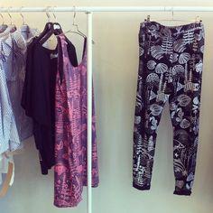 Lahdelma-housut / Mary a. jalava Harem Pants, Kimono Top, Tights, Designers, Mary, Tops, Women, Fashion, Navy Tights