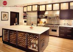 Adega + Cozinha gourmet, um prato cheio!    modern kitchen by Shubin + Donaldson Architects, Inc.
