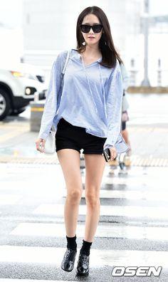 Girls' Generation Yoona looking chic at the airport | Koogle TV