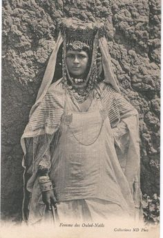 Morocco Van Puur naar Cultuur: www.desteenakker.nl -  in the style of Isis