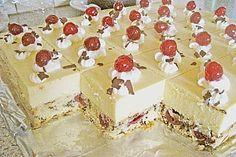 Beste Kuchen: Eierlikör - Torte mit Sauerkirschen