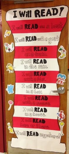 Teaching My Friends!: Dr. Seuss Door - Quick & Easy! Dr Seuss Bulletin Board, Library Bulletin Boards, Classroom Door Decorations, Dr Suess Door Decorations, Classroom Door Displays, Library Decorations, Library Displays, Book Displays, Class Decoration