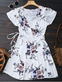 Floral beach dress for you. Summer dresses:Zaful,Maxi dresses,Bohemian dresses,Long sleeve dresses,Casual dresses,Off the shoulder dresses,Prom dresses,Cocktail dresses,Wedding dresses,Midi dresses,Mini dresses,to find different dress(dresses) ideas @zaful Extra 10% OFF Code:ZF2017