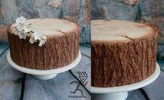 Realistic hardwood tree bark cake