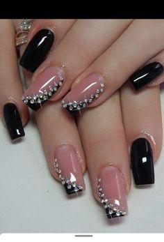 Black Gold Nails, Black Nail Art, Trendy Nail Art, Stylish Nails, Nancy Nails, Nail Art Blog, Fashion To Figure, Pumpkin Spice Cupcakes, Bear Cakes