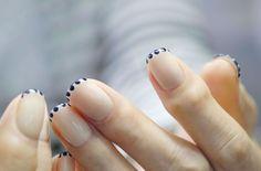 cool Современный французский маникюр гель-лаком (50 фото) — Как сделать? Check more at https://dnevniq.com/francuzskij-manikjur-gel-lakom-foto/