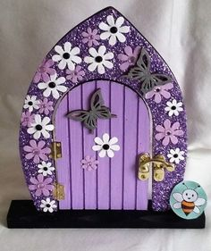 37 DIY Miniature Fairy Garden Ideas to Bring Magic Into Your Home Balcony Diy Fairy Door, Fairy Garden Doors, Fairy Garden Houses, Fairy Doors, Polymer Clay Fairy, Polymer Clay Crafts, Door Crafts, Kobold, Clay Fairies