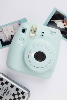 Cute and compact Instax Mini 9 instant photo camera. Polaroid Instax Mini, Fujifilm Instax Mini, Poloroid Camera, Fujifilm Instant Camera, Instax Mini 9, Polaroid Camera Colors, Polaroid Instant Camera, Polaroid Photos, Camara Fujifilm