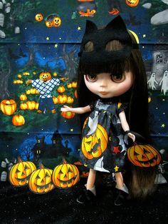 Blythe Halloween cat mask pumpkin dress Trick or by buyblythe, ฿500.00