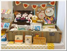 12 Craft Show Tips - has some nice booth pictures, too!