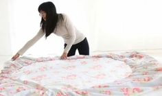 Video-How To Fold Fitted Sheets..duh!! How come I didn't know this!