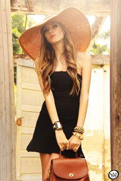 http://fashioncoolture.com.br/2013/08/21/look-du-jour-sislove/