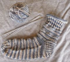 * Natalina * socks a pattern, also suitable for beginners Gr * Hilde wool . : * Natalina * Socks a pattern, also suitable for beginners Gr * Hilde wool * hand-dyed, composition wool / 20 … Knitting Socks, Knitting Needles, Baby Knitting, Single Crochet Stitch, Basic Crochet Stitches, Crochet Cactus, Knitting For Beginners, Chain Stitch, Wool Yarn