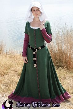 Green and Purple Early 15th Century Gown by DaisyViktoria.deviantart.com on @deviantART
