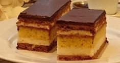 Tradiční české řezy (fotorecept) | NejRecept.cz Nutella, Tiramisu, Food And Drink, Ethnic Recipes, Sweater, Sheet Cakes, Bakken, Jumper, Sweaters