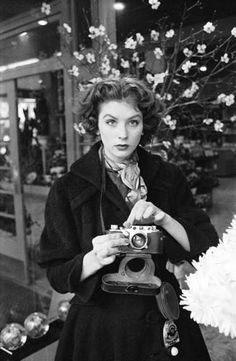 Suzy Parker, 1953.
