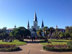 Day 1 I went out and explored the French Quarter.  First stop was Jackson Square with Jackson's statue at center and Saint Louis Cathedral behind.  #iphone5 #instagood #neworleans #nofilter #jacksonsquare #statue #cathedral #vacation #beautifulday #frenchquarter by coco_vita