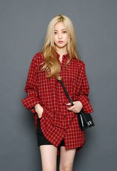 Know the latest and the hottest Korean fashion! Korean Girl Fashion, Ulzzang Fashion, Ulzzang Girl, Asian Fashion, Modest Fashion, Fashion Outfits, Fashion Trends, Bora Lim, Flannel Outfits