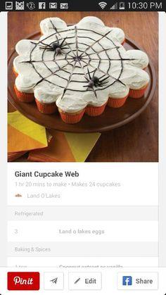 Halloween giant cupcake web