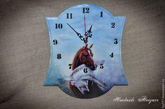 """Купить Часы настенные """"Пара лошадей"""" - часы, часы настенные, часы необычные, часы декупа"""