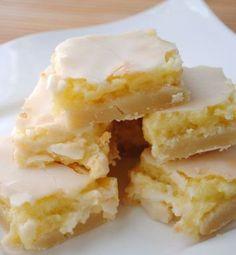 Sunburst Lemon Bars | foodgio