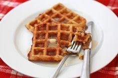 Overnight Oatmeal Waffles - breakfast #wholefoods #freezer