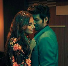 Student Of The Year, Bollywood Couples, King Of My Heart, Celebs, Celebrities, Romantic Couples, Best Actress, Celebrity Couples, Bollywood Actress