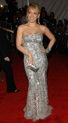 Hilary Duff #HauteCouture #RedCarpet