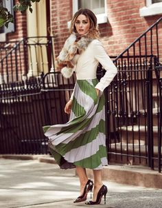 #OliviaPalermo - love this skirt!