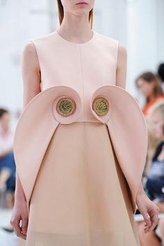 Seashell beauty. Could DIY but doubtful I could truly reproduce this magic. ~Delpozo S/S 2015