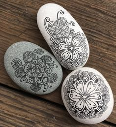 fb: RAZRocks. Zentangle. ZIA.