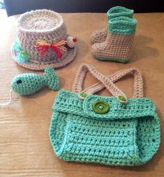 For inspiration - on Etsy Newborn Picture Outfits, Newborn Outfits, Newborn Pictures, Baby Outfits, Crochet Fish, Cute Crochet, Crochet Hooks, Newborn Crochet, Crochet Baby