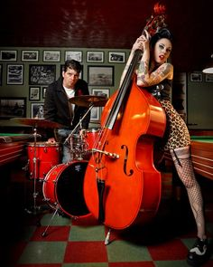 Kewl pix @Music Biz Mentor.com : Love the colors in this picture .
