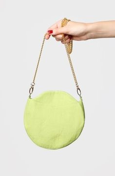Hanging Chair, Handbags, Furniture, Home Decor, Homemade Home Decor, Hand Bags, Home Furnishings, Interior Design, Home Interiors