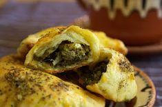 Domowe Wypieki: PIECZONE PIEROGI ZE SZPINAKIEM I SEREM FETA Cheesesteak, Feta, Pierogi, Ethnic Recipes, Blog, Vegetarian Meal, Thermomix