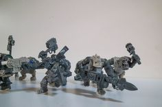 A new mob of Trukk boyz (sluggaz). This shot includes the rokkit option boy who is also bounding forward with running legs. The gang are themed on speed, chains, chain weapons and goggles. They take light armour if any, most just go bare-chested! #40000 #40k #warhammer #orks #ork #nob #orc #sluggaboyz #miniatures