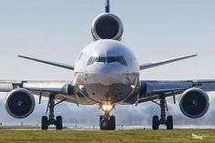 Civil Aviation, Aviation Art, Mcdonnell Douglas Md 11, Mcdonald Douglas, Private Flights, Luxury Private Jets, Airplane Photography, Cargo Airlines, Commercial Aircraft