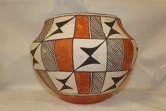 Vintage Pottery : Beautiful Vintage Acoma Polychrome Pottery Olla #273