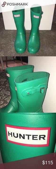 HUNTER boots BEAUTIFUL green Hunter boots! They are the original short style. They are cute  and comfortable rain boots that make it easy to vamp up your look with a great pop of color. There is some normal wear of black scuffs but no tears or worn down soles. Only been worn a few times, have spent most of their time buried in my closet! They are a size 11 and are wide, so having boot socks are great and helpful with making them the perfect fit! Hunter Shoes Winter & Rain Boots