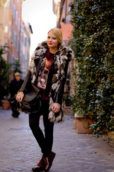 she wolf in Rome - The Fashion Fruit