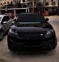 Range Rover Black Edition - All Black Cars - Autos Range Rover Negro, Range Rover Preto, Range Rover Schwarz, Range Rover Black, Range Rover Evoque, Luxury Sports Cars, Top Luxury Cars, Luxury Suv, Sport Cars