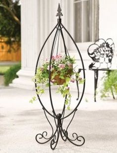 collections etc .com~ Fleur-de-lis Hanging Basket Plant Stand Mais Plants For Hanging Baskets, Hanging Planters, Wall Planters, Metal Plant Hangers, Wrought Iron Decor, Floor Plants, House Plants, Iron Plant, Flower Stands