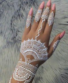 Adorable white hena inspiration in wedding days 23 Adorable white he. - Adorable white hena inspiration in wedding days 23 Adorable white hena inspiration in w - Henna Hand Designs, Henna Patterns Hand, Pretty Henna Designs, New Mehndi Designs, Henna Tattoo Designs, Henna Designs White, Henna Tattoo Hand, Henna Mehndi, White Henna Tattoo