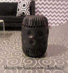 1:12th Scale miniature dollhouse Asian style Garden Stool in matte black - Hollywood Recency Decor